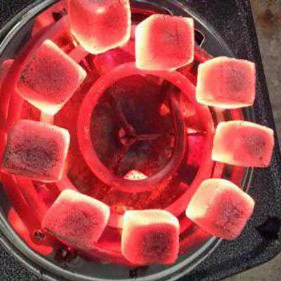 Как разжечь угли для кальяна в домашних  406